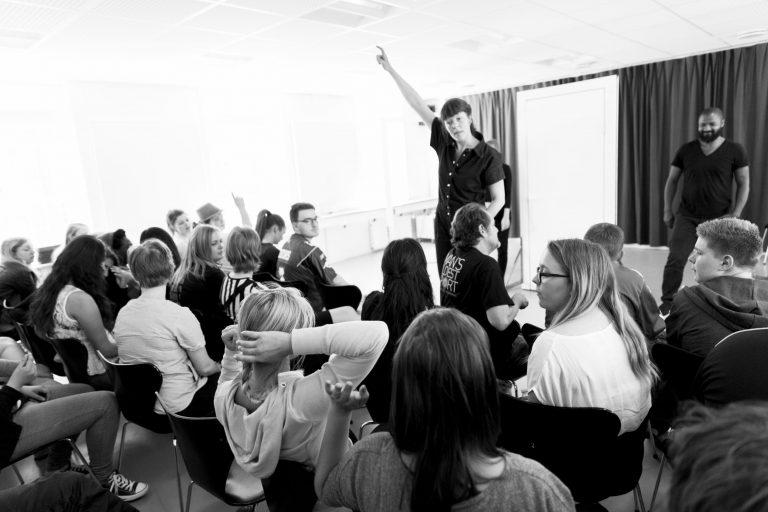 forumteater dramapædagogisk værktøj rollespil facilitering jokerrollen forumteater kursus